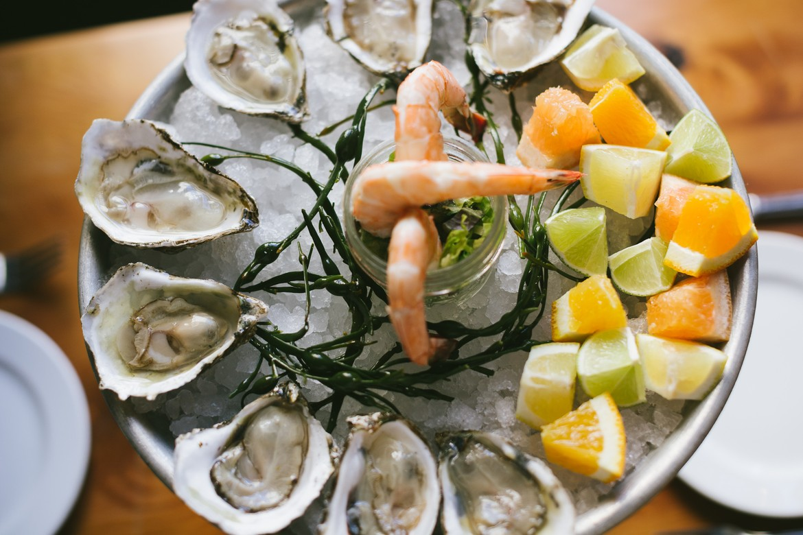 The best oyster happy hours in nyc new york the for Crave fish bar