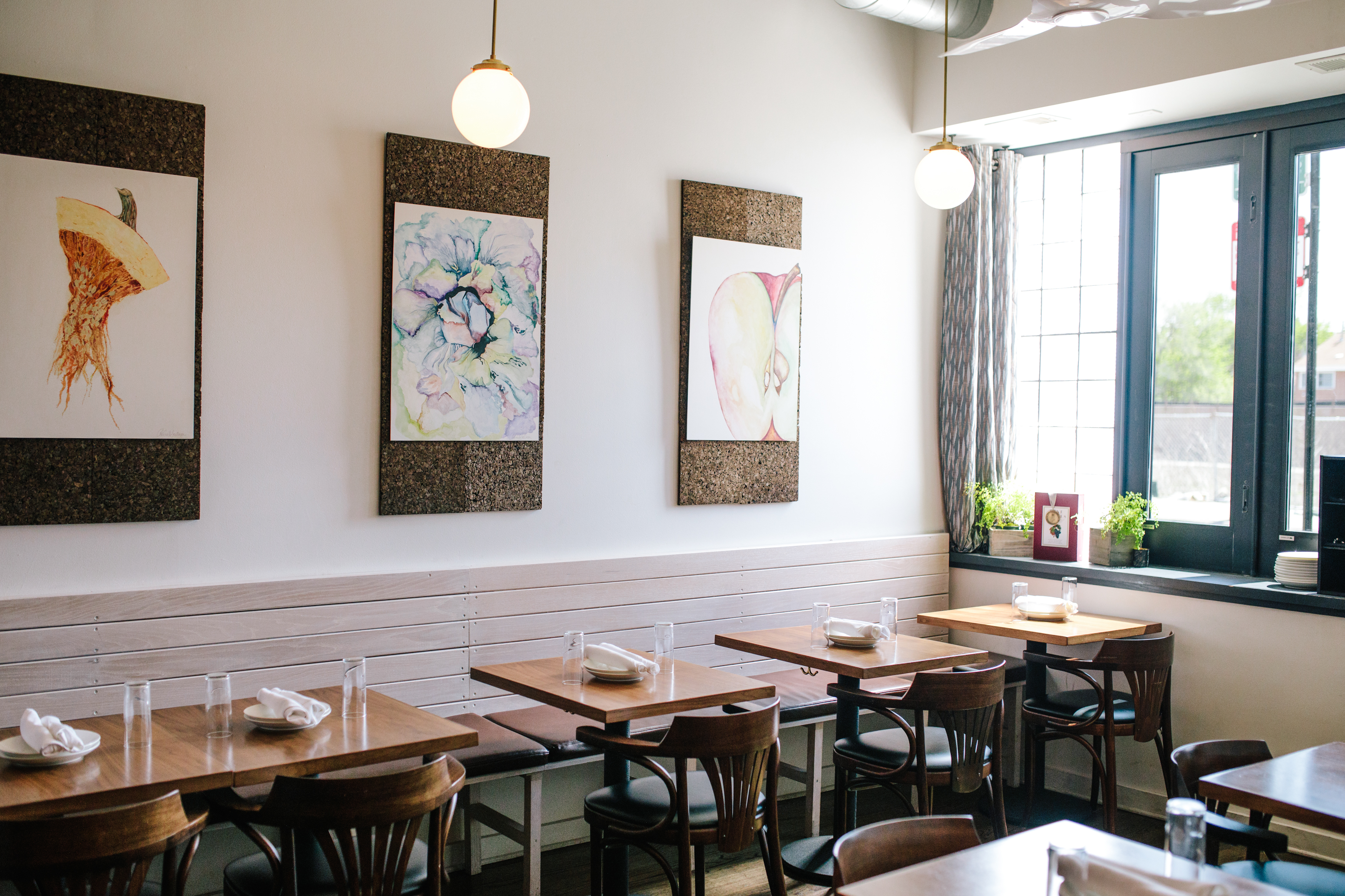 A Guide To Chicago S Super Cute Reasonably Priced