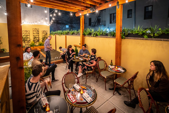 100 Great Places To Eat Outside Right Now New York The Infatuation
