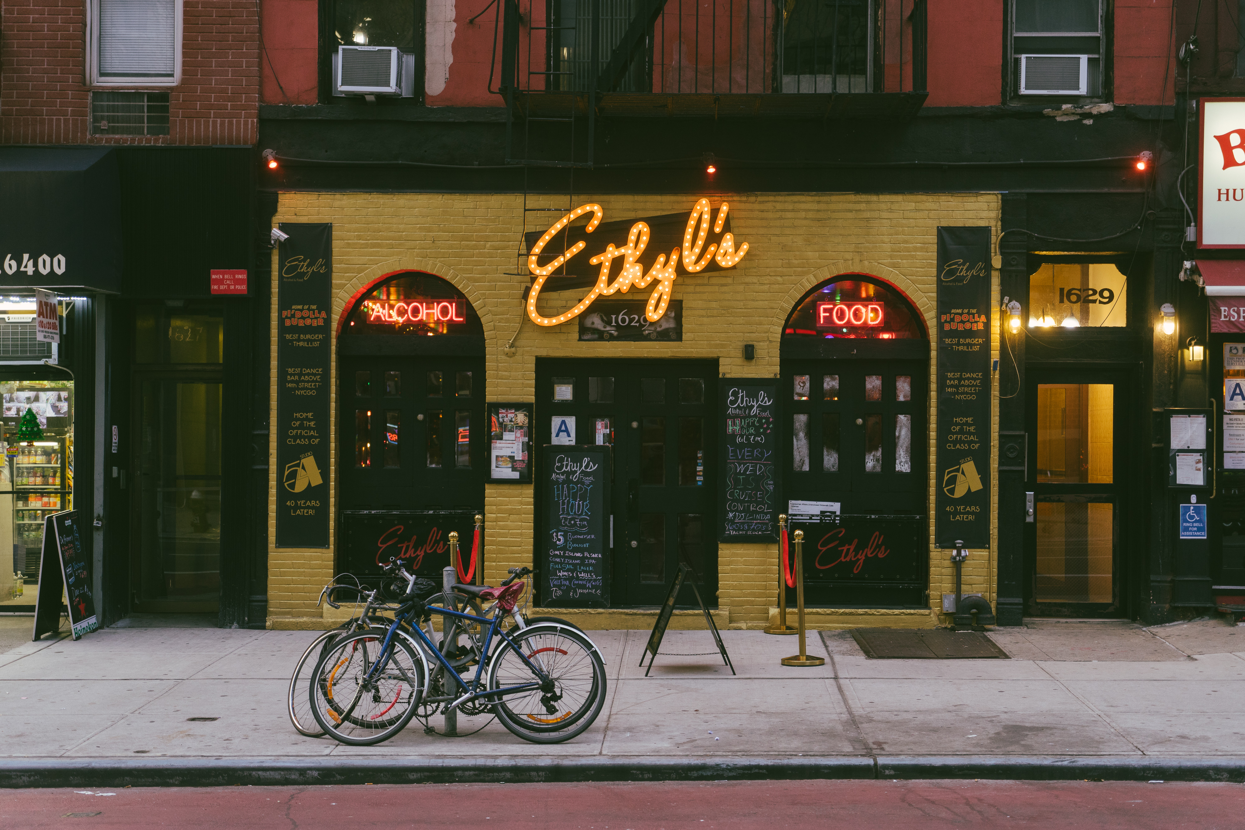 d445c676308b Where To Drink On The Upper East Side - Upper East Side - New York - The  Infatuation