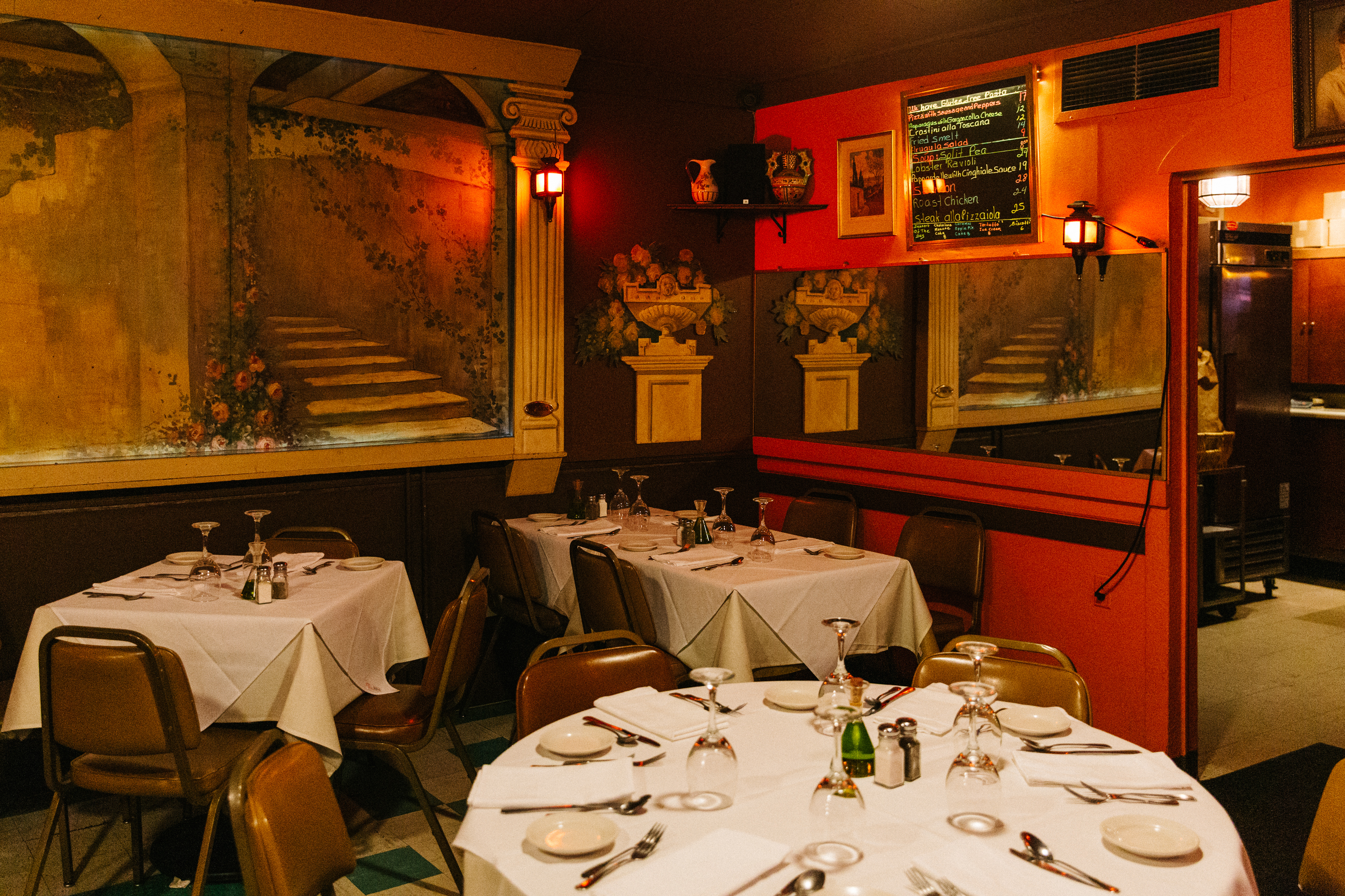 17 Great Old School Italian Restaurants Chicago The