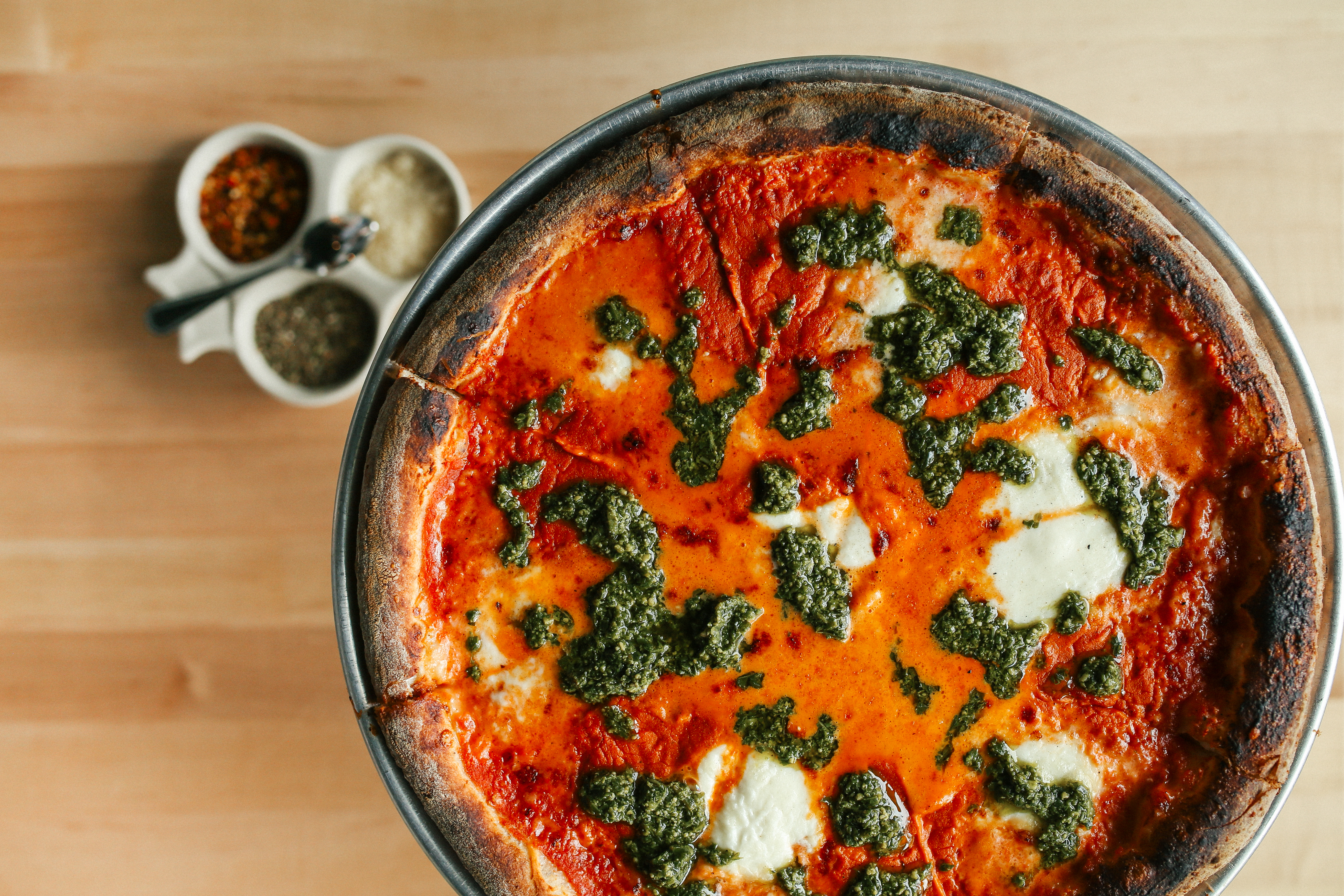 the chicago pizza delivery guide chicago the infatuation