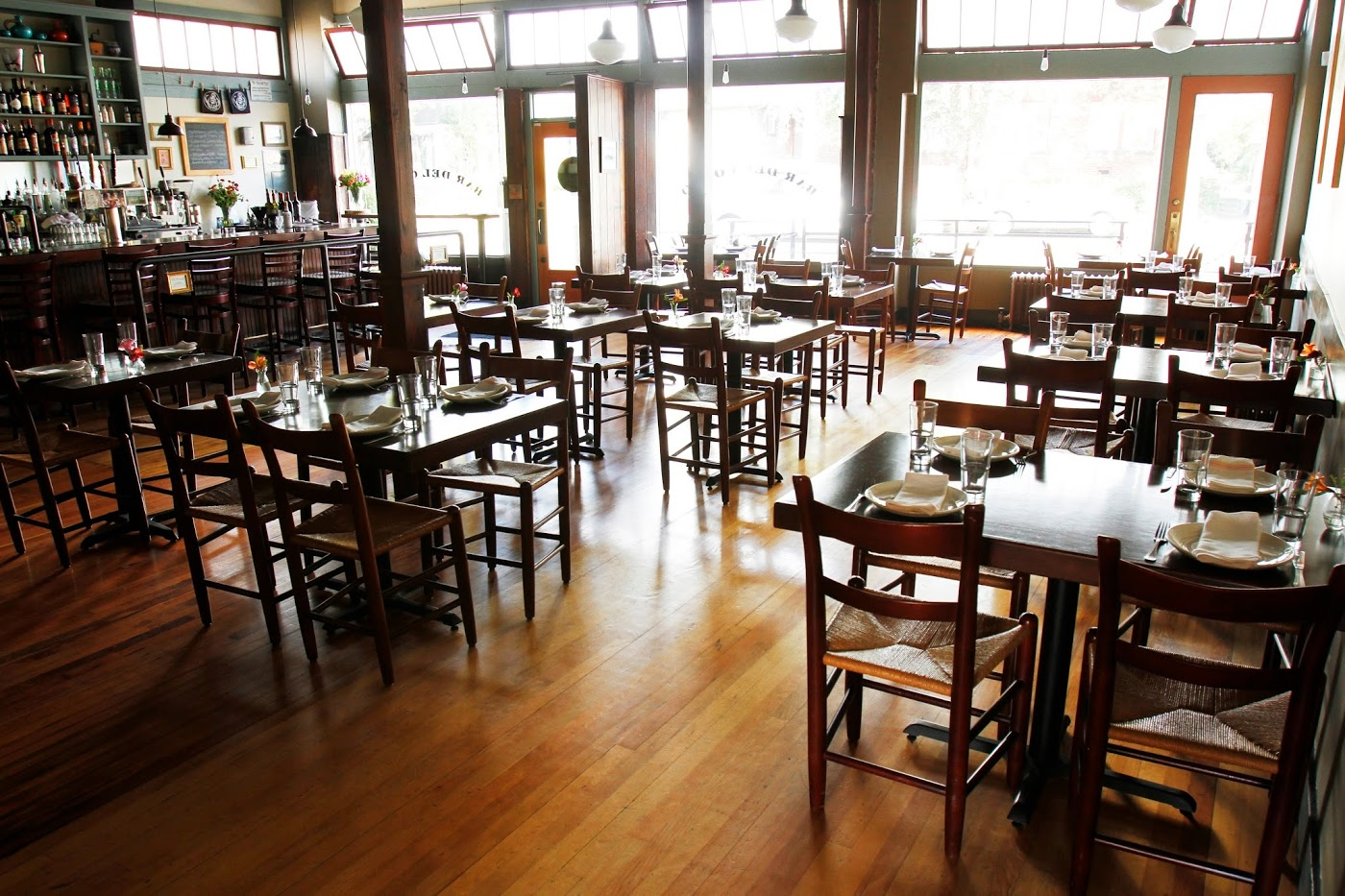 Great Seattle Restaurants For Dining Solo Seattle The Infatuation
