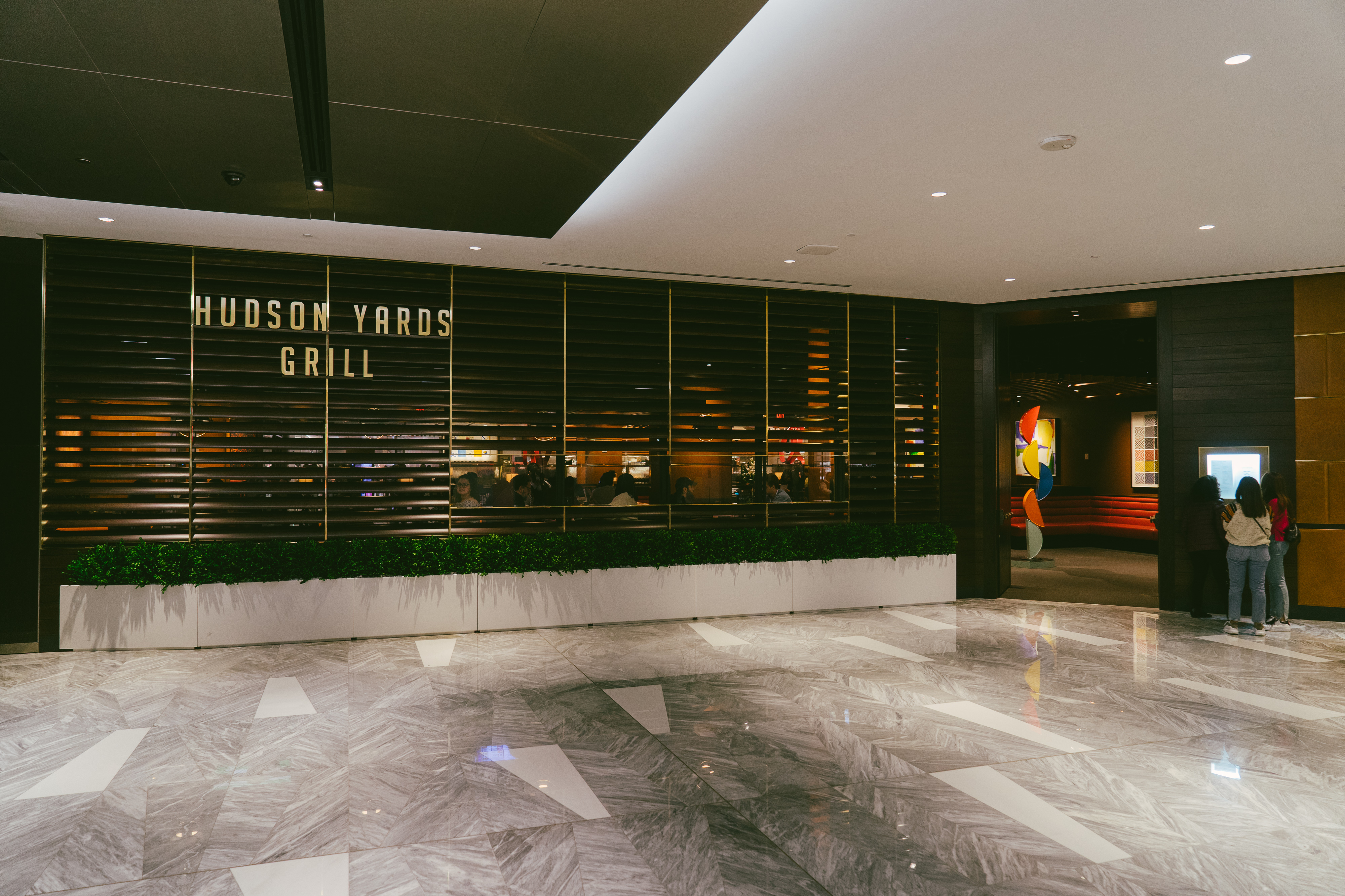 Where To Eat In Hudson Yards If You Really Want To Eat In