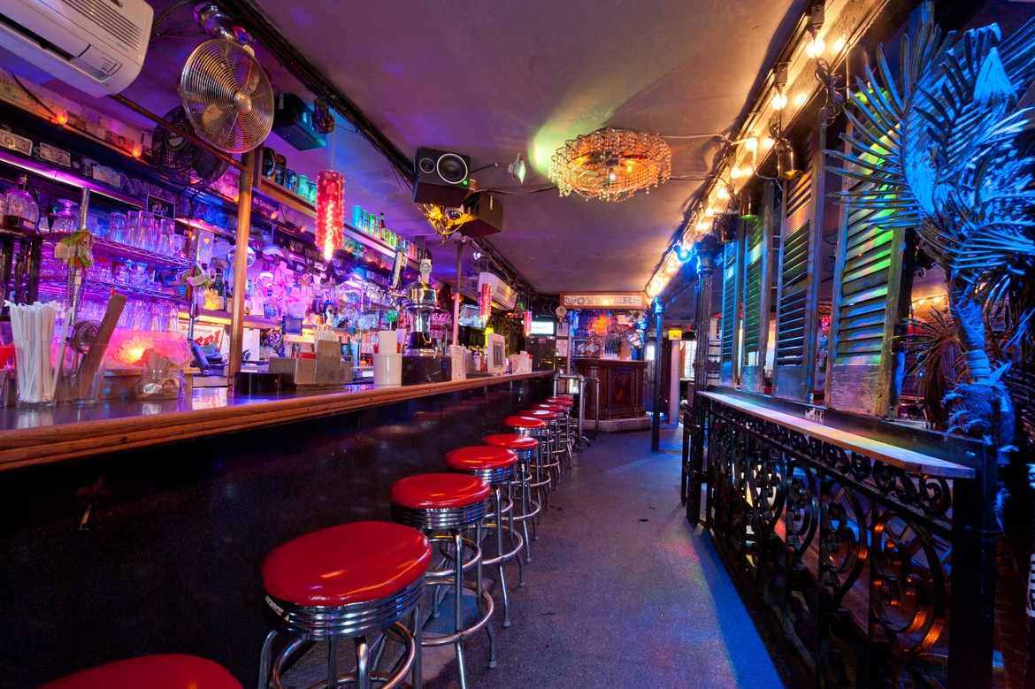 best bars to meet women in nyc