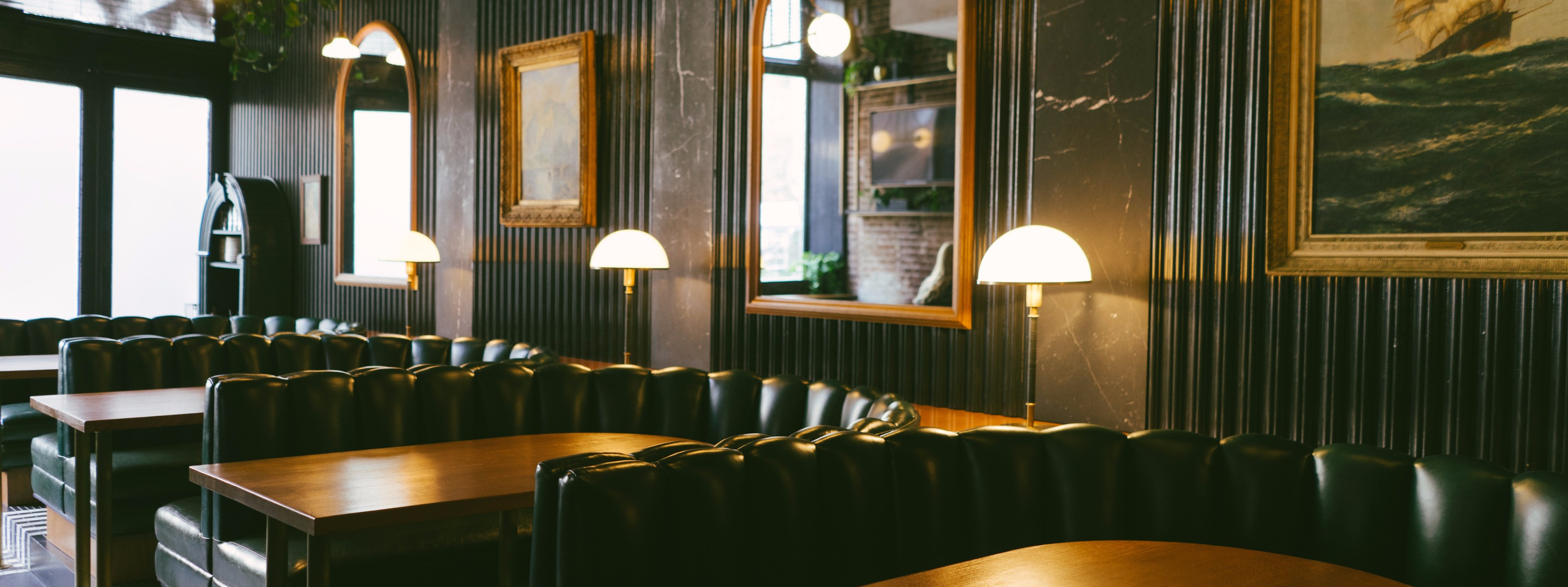 The Best Bars For Big Groups - New York - The Infatuation