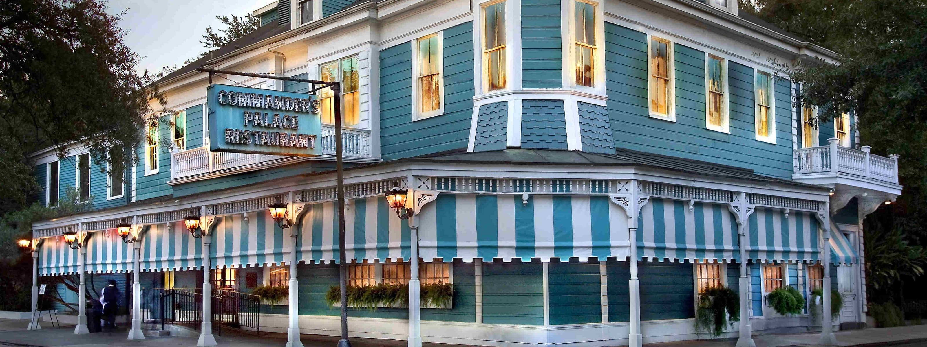 The Best Classic Bars And Restaurants In New Orleans - New Orleans ...