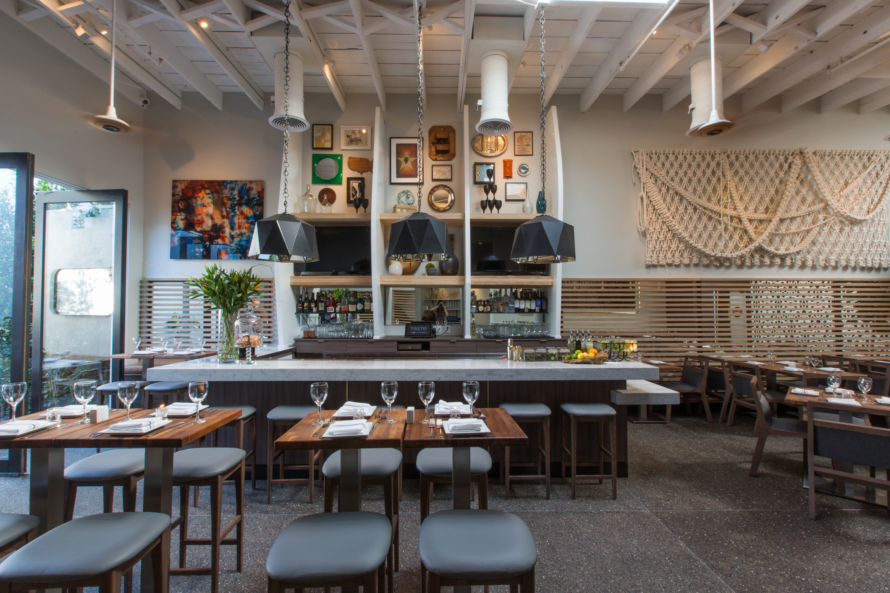 best dating places in los angeles