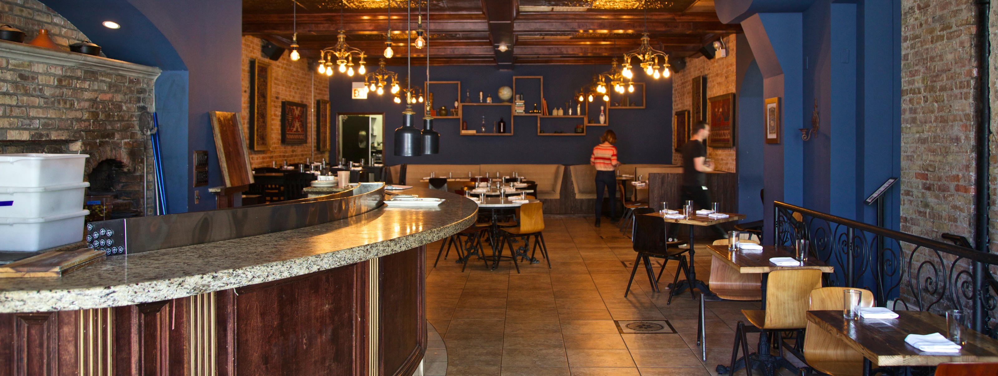 Dusek 39 s pilsen chicago the infatuation for Table 52 chicago reviews