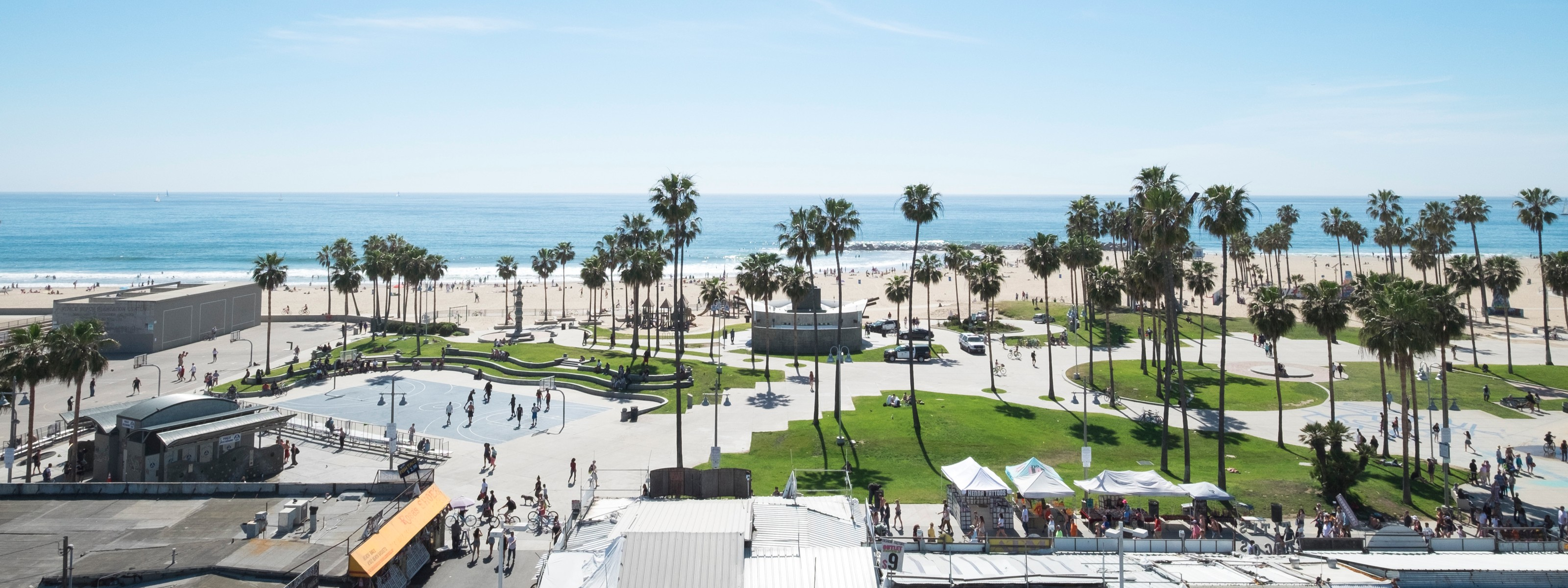 High Rooftop Bar at Hotel Erwin - Venice - Los Angeles ...