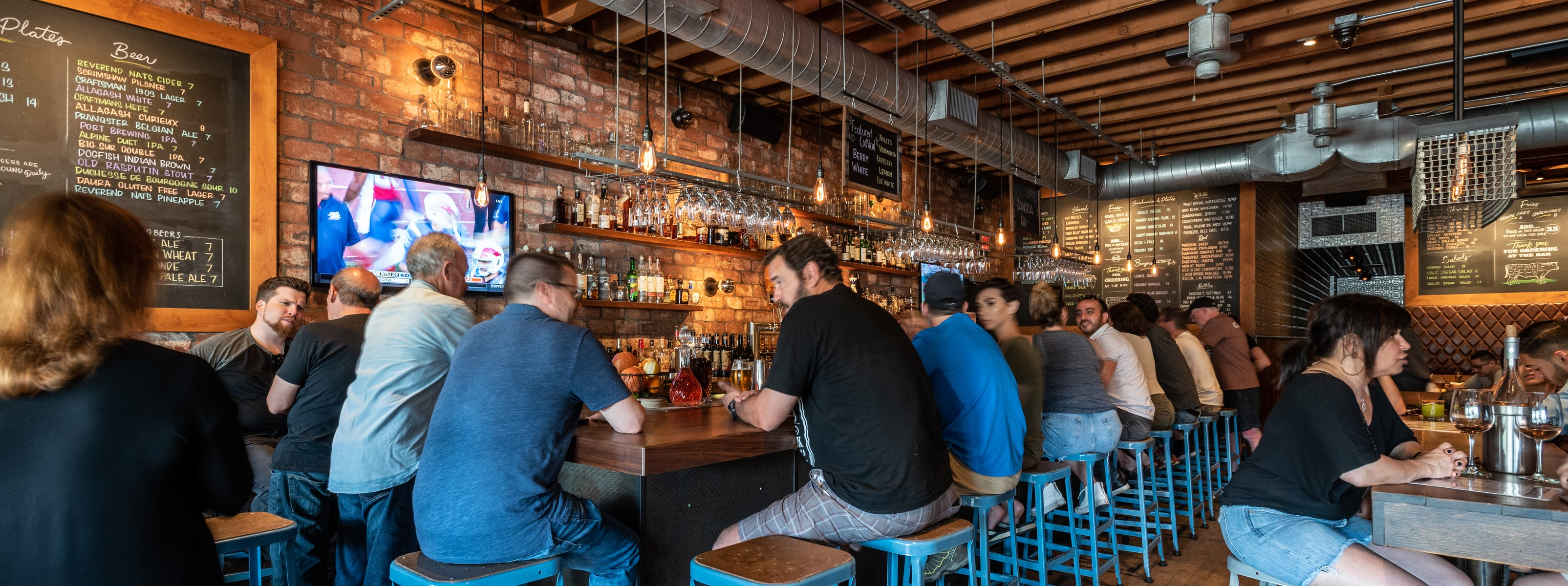 Laurel Tavern - Studio City - Los Angeles - The Infatuation