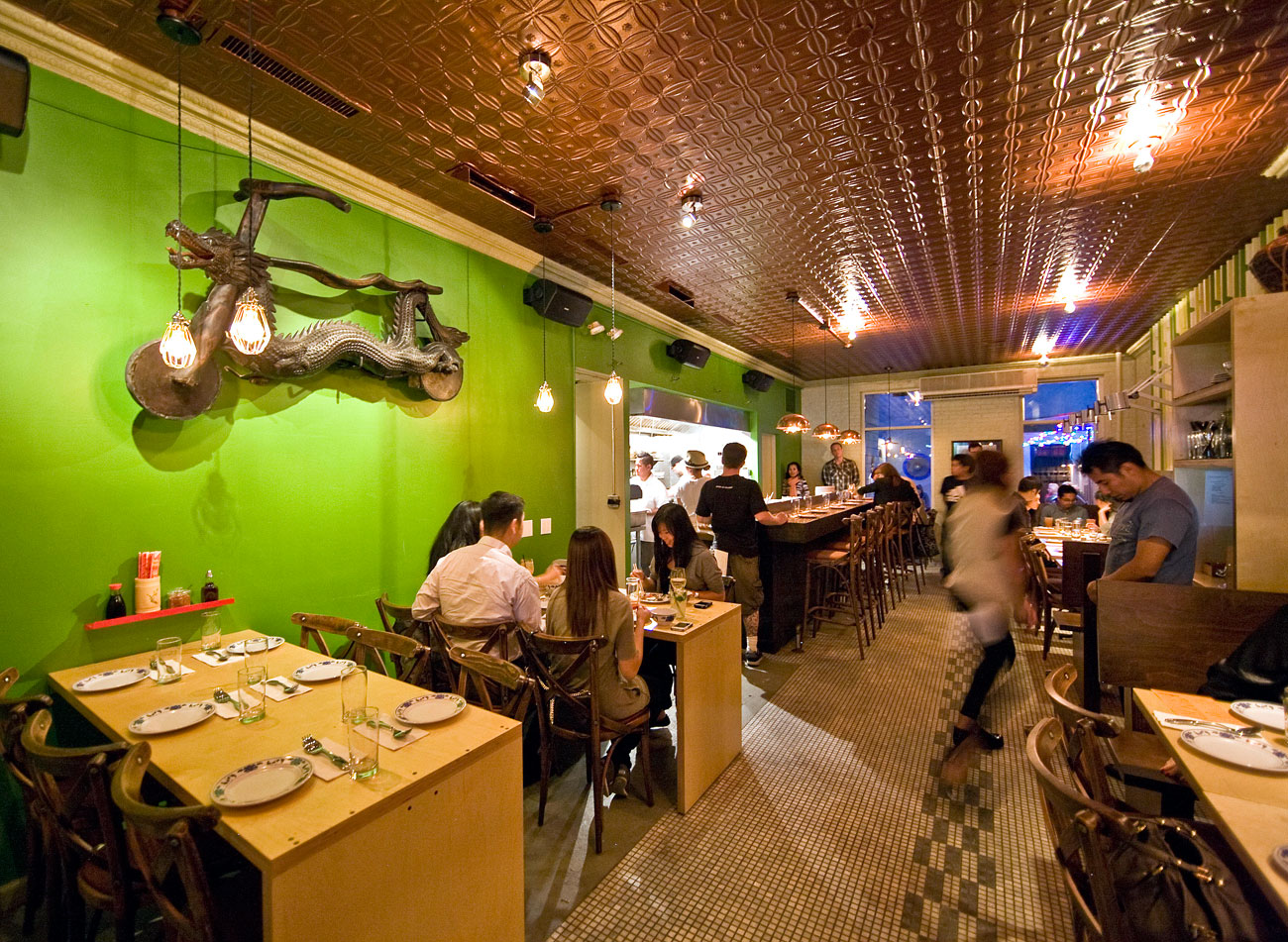Pig and khao lower east side new york the infatuation for Aura thai fusion cuisine new york ny