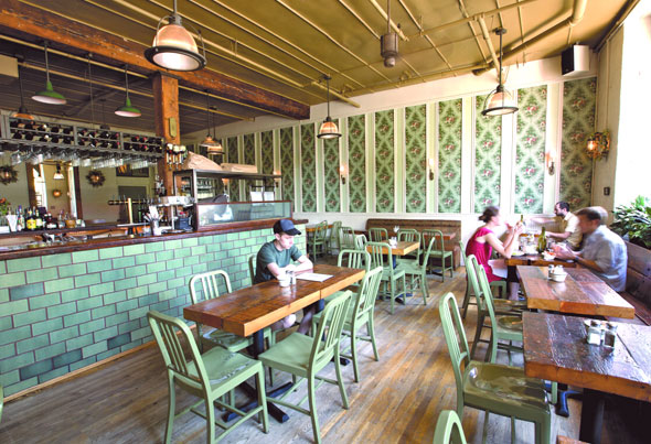 Roebling Tea Room - New York - The Infatuation